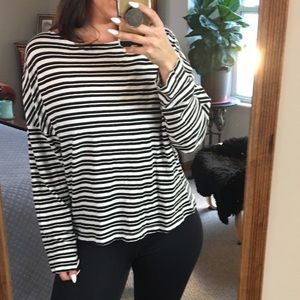 URBAN OUTFITTERS STRIPED TOP NEW WITH TAG